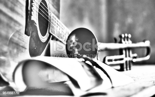 istock The group composes melodies 954966170