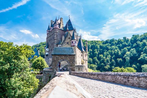 Die historische Burg Eltz in der Eifel – Foto
