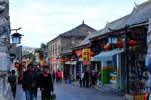 jianshui 市の歴史的中心地、雲南省、中国 - 昆明 ストックフォトと画像