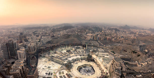 The holy mosque and Makkah city The holy mosque and Makkah city view from the top of Makkah clock tower during sunset, Saudi Arabia grand mosque stock pictures, royalty-free photos & images
