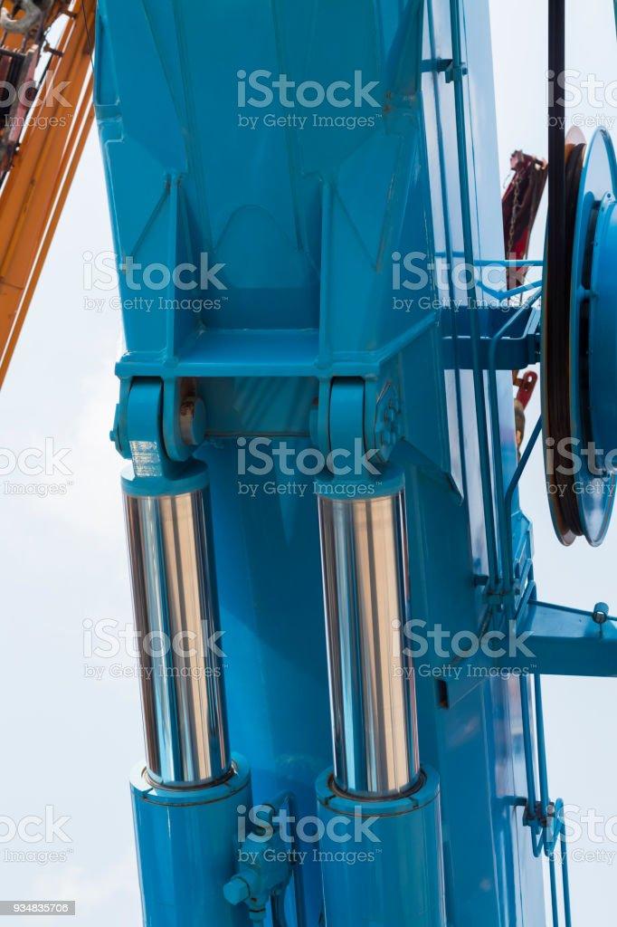 크레인의 유압 튜브 - 로열티 프리 강철 스톡 사진