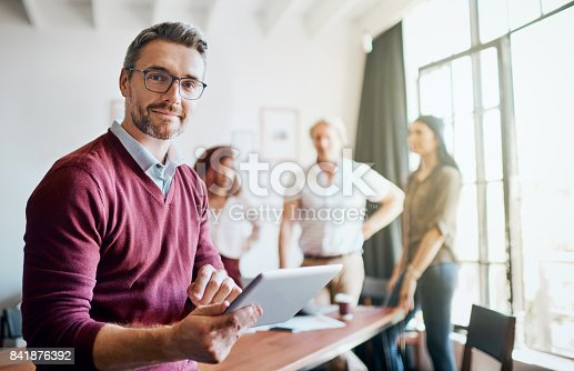 istock The ideas fly around in the office 841876392