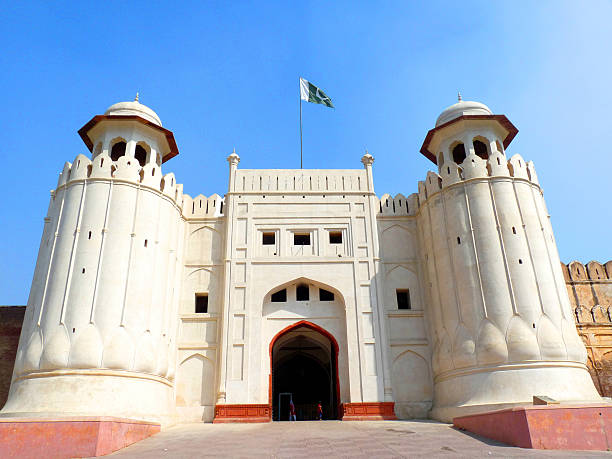 The Lahore Fort, Lahore Pakistan The Lahore Fort, Lahore Pakistan Build by Mughal Emperors Lahore Fort is a classic example of Mughal & Islamic Architecture. lahore pakistan stock pictures, royalty-free photos & images