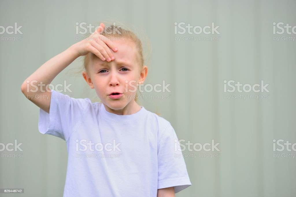 The little girl with an imploring look Стоковые фото Стоковая фотография