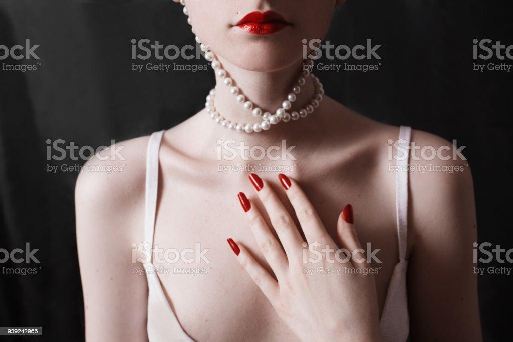 Collar El Un Largo De Hermosa Y Que Cuello Llevaba Clavícula Mujer odCrexB
