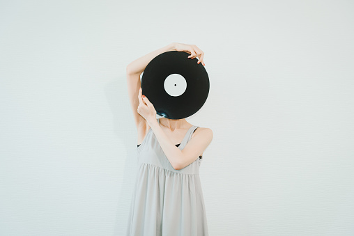 486439381 istock photo The LP is really making a comeback recently. 1192024439