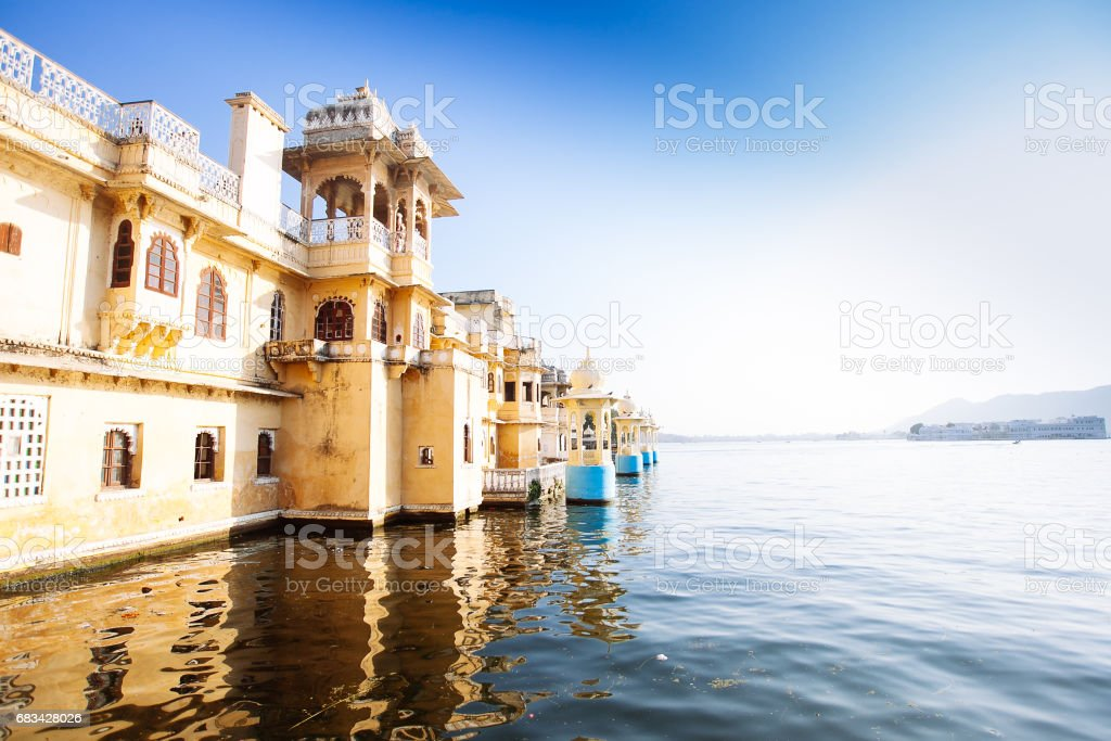 The majestic lake Pichola, travel destination in Rajasthan, Udaipur  city, India – Foto
