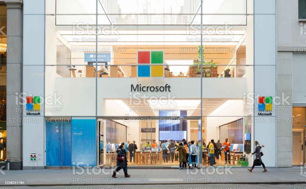La Microsoft Store de Nueva York - Foto de stock de Aire libre libre de derechos