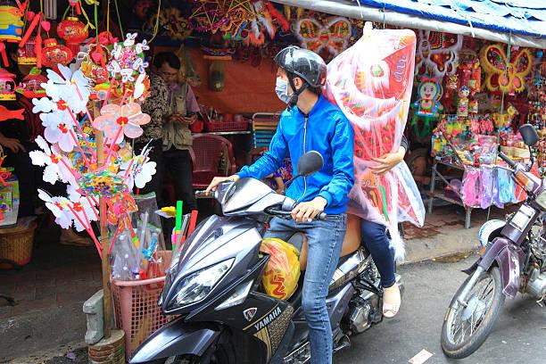 der mid-autumn in vietnam - eco bastelarbeiten stock-fotos und bilder