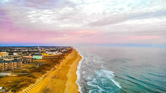 istock The Morning Waves from Nags Head, Carolina 1092415494