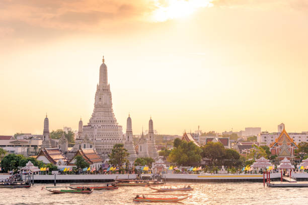 The most beautiful Viewpoint Wat Arun,Buddhist temple in Bangkok, Thailand – zdjęcie