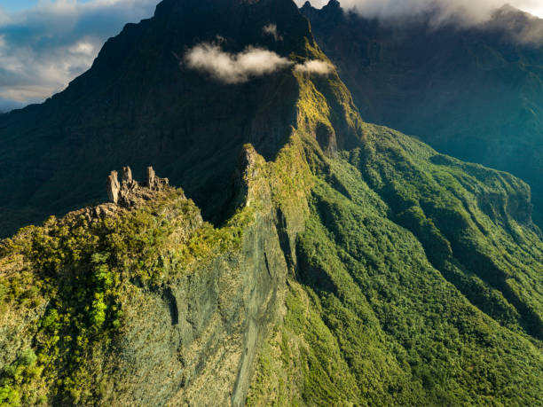 the mountain valley of reunion island - reunion stock photos and pictures