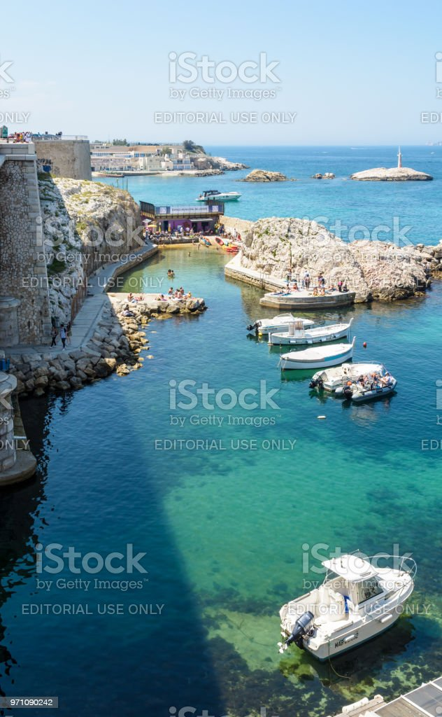 The municipal leisure center of the 1st and 7th districts is set up in the Vallon des Auffes with a bar, a terrace, sunbathing platforms and an access to the sea. stock photo