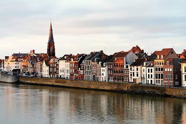 the netherlands maastricht at dusk - maastricht stockfoto's en -beelden