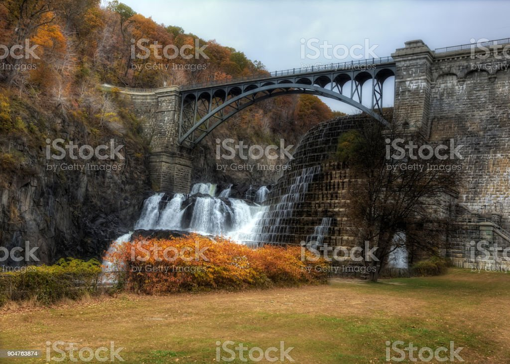 The New Croton Dam with a road over the top stock photo
