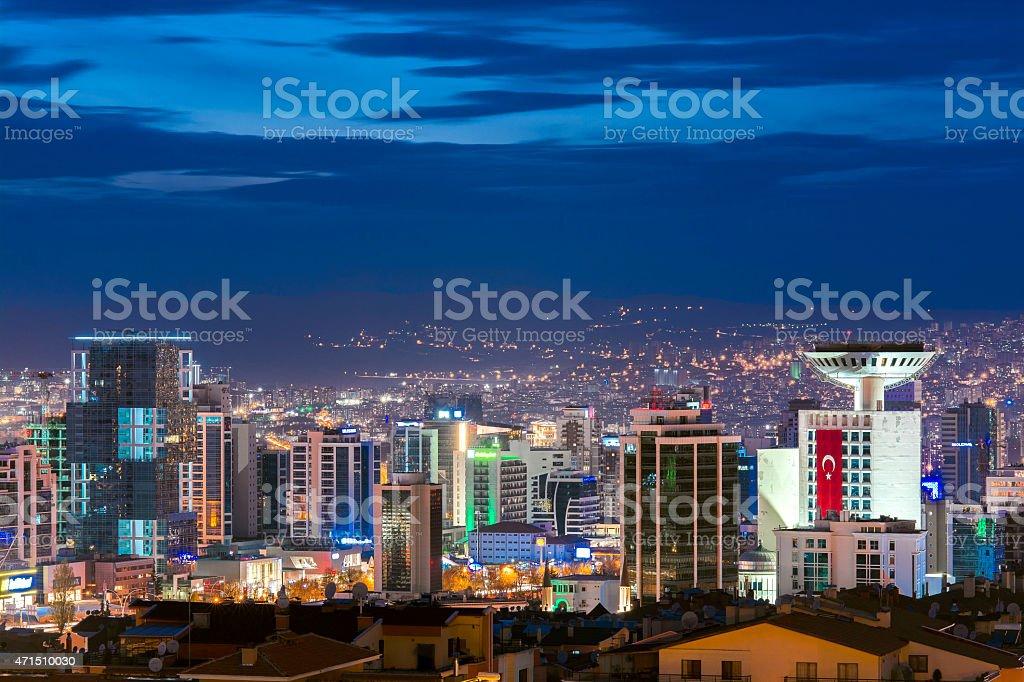 Vista aérea de la Capital, el Ankara en la noche - foto de stock