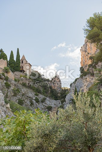 The Notre Dame de Beauvoir chapel in Moustiers Sainte Marie, in the French Provence on the edge of the Alps, has been included in the list of monuments of France and is worth seeing.