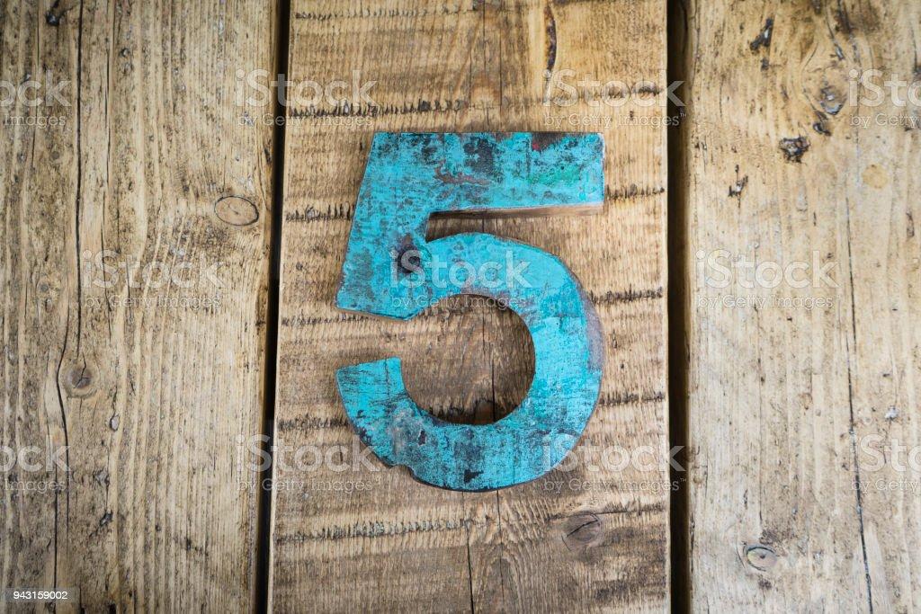 Die Zahl 5 – Foto