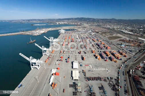 istock The Oakland Outer Harbor 154239635
