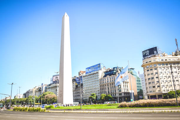 BUENOS AIRES - ARGENTINA: The Obelisk in Buenos Aires, Argentina BUENOS AIRES - ARGENTINA: The Obelisk in Buenos Aires, Argentina buenos aires stock pictures, royalty-free photos & images