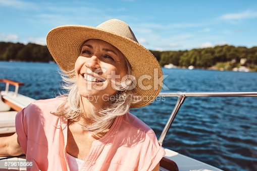 879618770 istock photo The ocean breeze puts the soul at ease 879618666