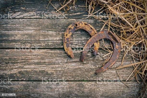 The old horseshoe and straw picture id613749628?b=1&k=6&m=613749628&s=612x612&h=binfvwbtirh7nd88igq1ue2f69jz7prtb4oq5436e a=