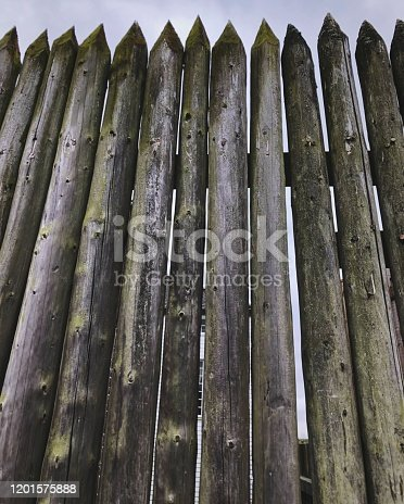 A set of logs forming a wall at the Vancouver Fort in Washington.