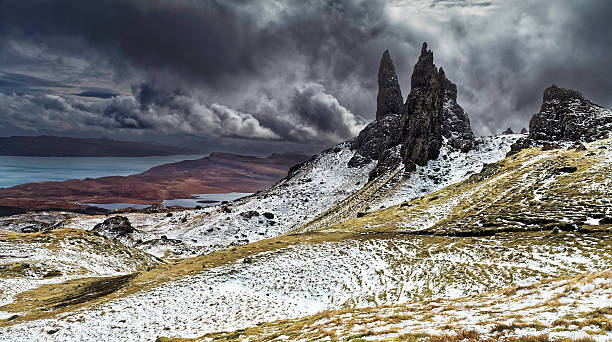 the old man of storr - desolated stock pictures, royalty-free photos & images