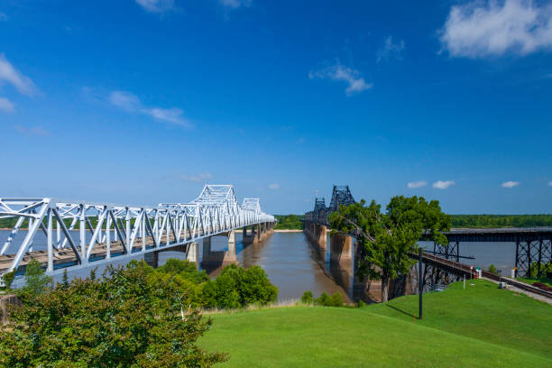 The Old Vicksburg  one rail line; and the new Vicksburg Bridge cantilever bridges cross the Mississippi River between Delta, Louisiana and Vicksburg