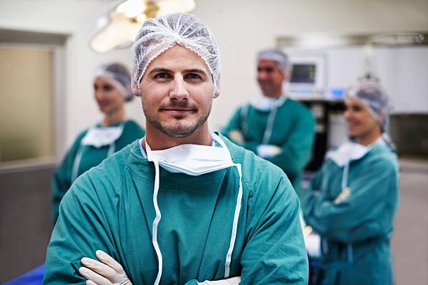 a operação foi um sucesso completo - cirurgião - fotografias e filmes do acervo