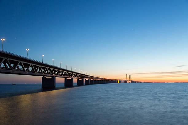 the oresund bridge - öresundsregionen bildbanksfoton och bilder