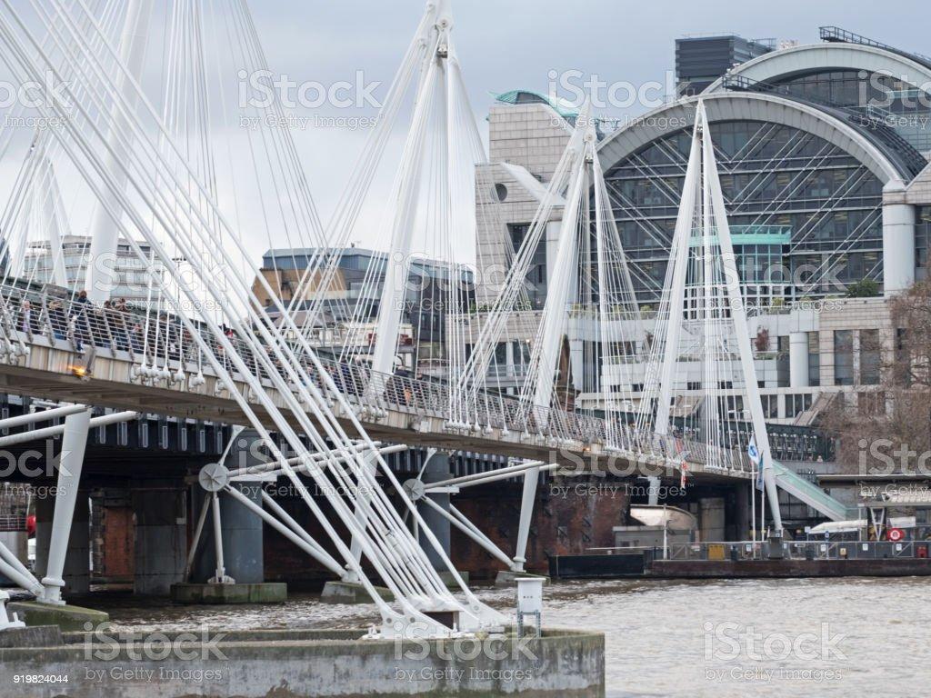 Le pont de Hungerford original sur la Tamise - Photo