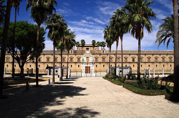 le parlement d'andalousie - andalousie photos et images de collection