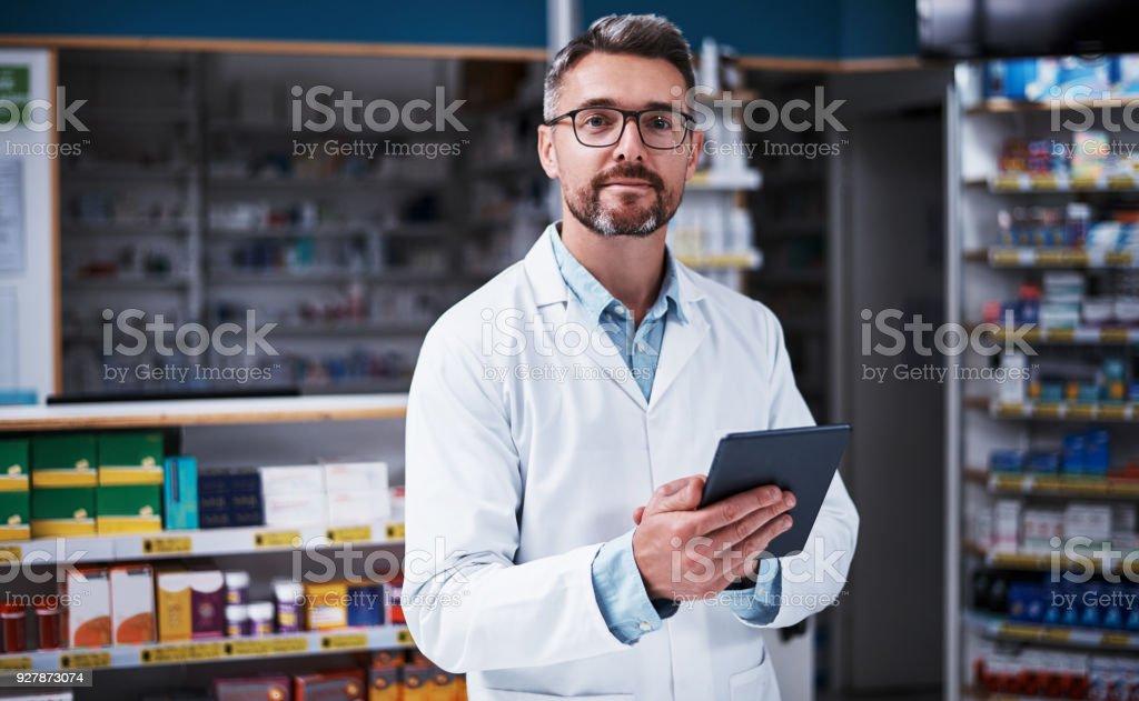 O assistente digital de farmacêuticos - foto de acervo