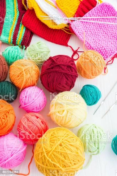 The photo shows the knitting picture id852244084?b=1&k=6&m=852244084&s=612x612&h=czlujoarfjcuovw1vyey6mbbqgccgl0lygfjmpnsqi4=