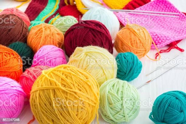 The photo shows the knitting picture id852247046?b=1&k=6&m=852247046&s=612x612&h=oxotnbiu2yfobsvx4puazf93c4sratladrh2ejr4 ps=