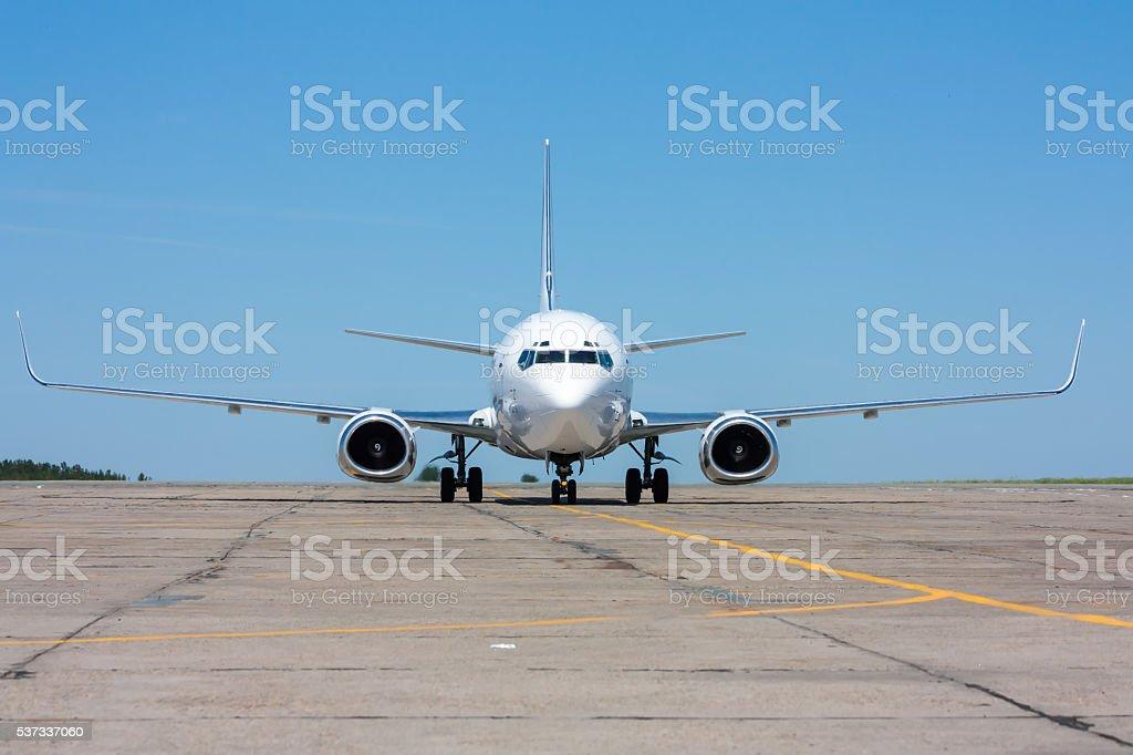 Движение самолета в западной части Тихоокеанского региона34 в горячей летний день стоковое фото