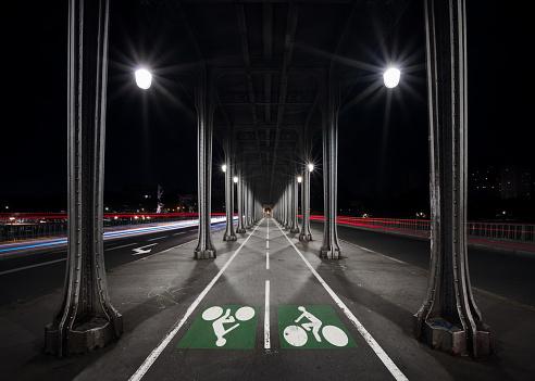 The Pont de Bir-Hakeim by night, Paris, France
