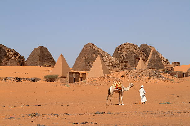 the pyramids of meroe in the sahara of sudan - sudan stock photos and pictures