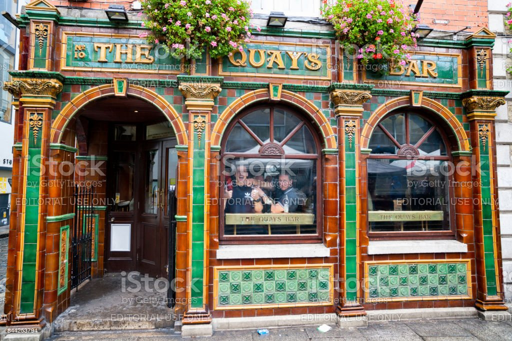 The Quays Bar at Temple Bar in Dublin, Ireland stock photo