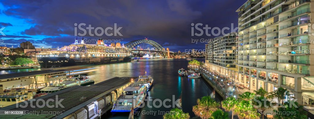 The Queen Mary 2 and Sydney Harbour Bridge, Australia stock photo