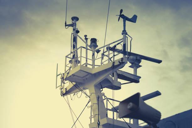 Das Radar und Kommunikation System der Fähre. – Foto