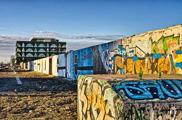El resto del muro de Berlín - foto de stock