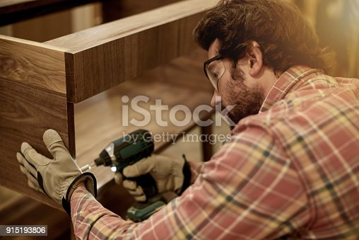 915192732 istock photo The right tools makes the job so much easier 915193806