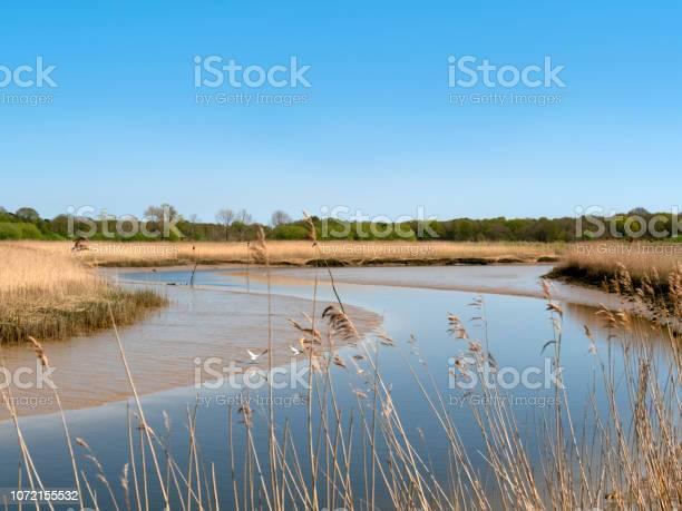 The river alde at snape suffolk picture id1072155532?b=1&k=6&m=1072155532&s=612x612&h=suz5dkhkcprr2enn09gxo59xxx5sutloqq6gs25lzzg=