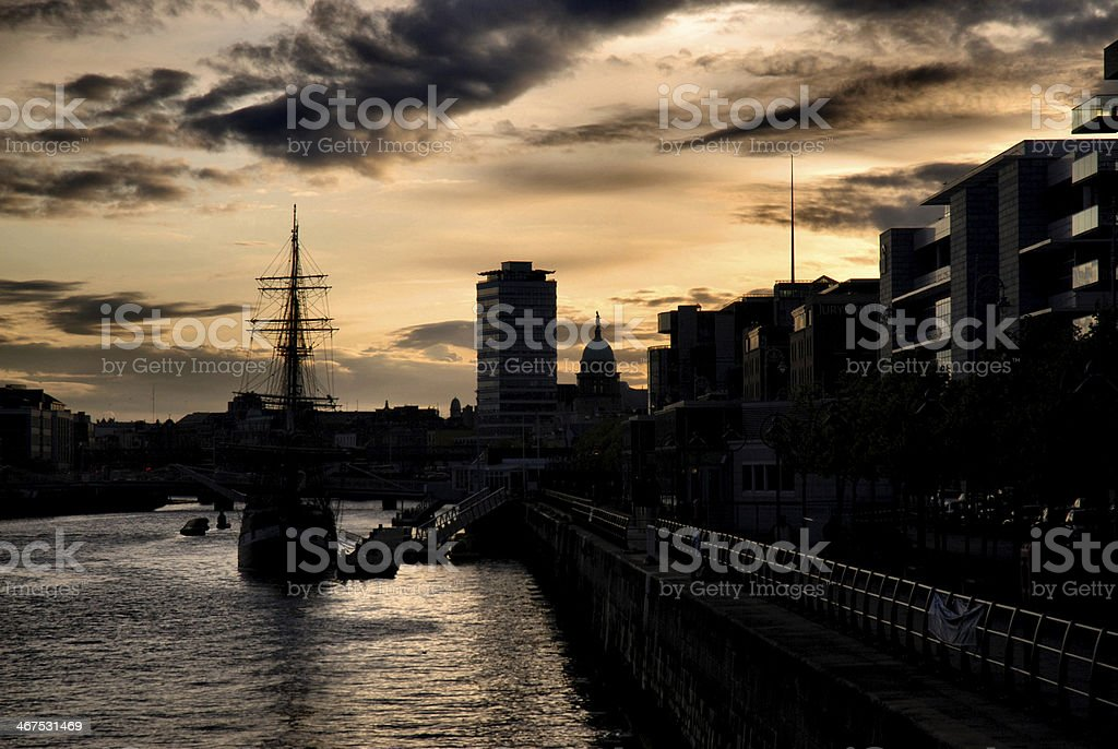 The river Liffey in Dublin at sunrise stock photo