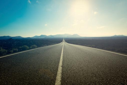 Der Road Stockfoto und mehr Bilder von Asphalt