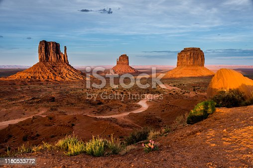 The Road through Monument Valley