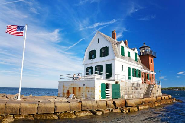The rockland breakwater lighthouse picture id1160930135?b=1&k=6&m=1160930135&s=612x612&w=0&h=vq6jykn6nqwxnzka4akgvmlfmi6ltyv65 buvdlgbxc=