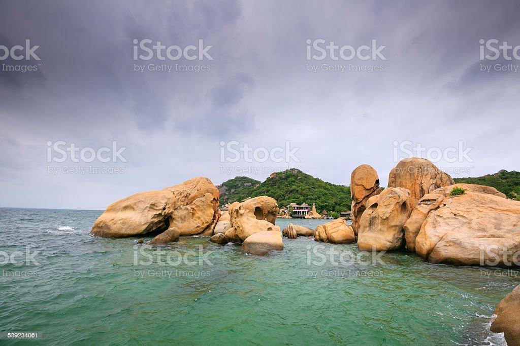the rocks no bay foto royalty-free